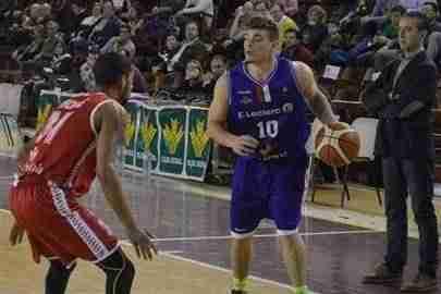 basket alcazar - El Seguros Soliss Alcázar se queda a las puertas del play-off en su primera temporada