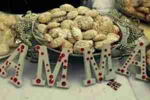 dulces arabes en alcazar 3 300x199 - AMMA celebra el III Mercado Solidario de Dulces Árabes para acercar cultura a los vecinos