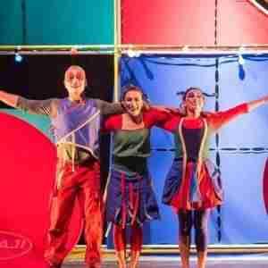 """ambulantes teatro 300x300 - La obra """"Déjate llevar"""" baja el telón al II Festival Los Títeres del Hidalgo"""