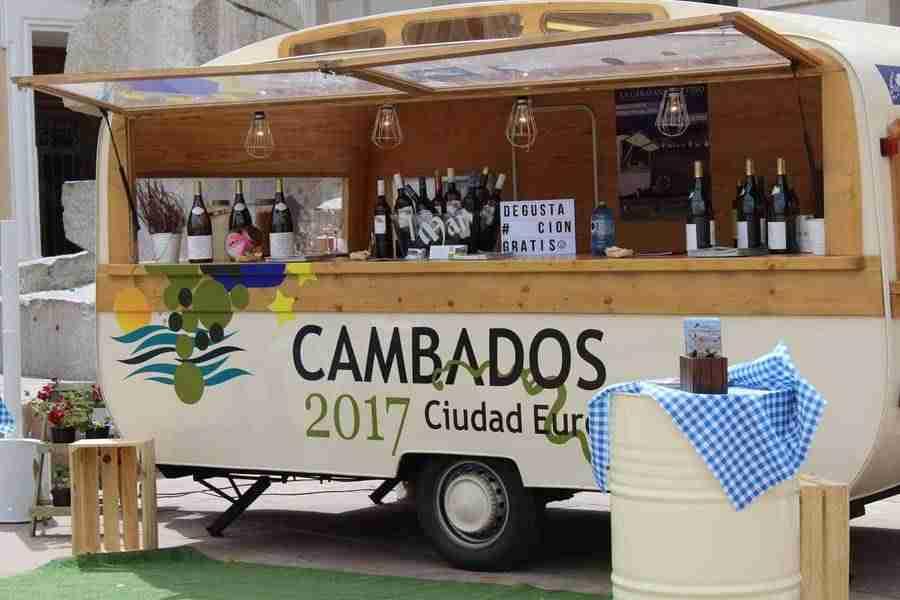 La Caravana del Vino de Cambados pasó por Alcázar de San Juan para promocionar el albariño 1