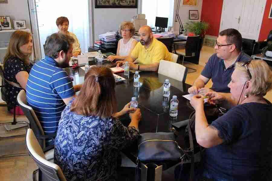 equipo televisivo - Se crea el Consejo de la Televisión Local para dar mayor participación a los vecinos en el medio público