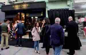 essence 300x192 - Essence abre nueva tienda en la Castelar de la mano de Antonio y Rosa.