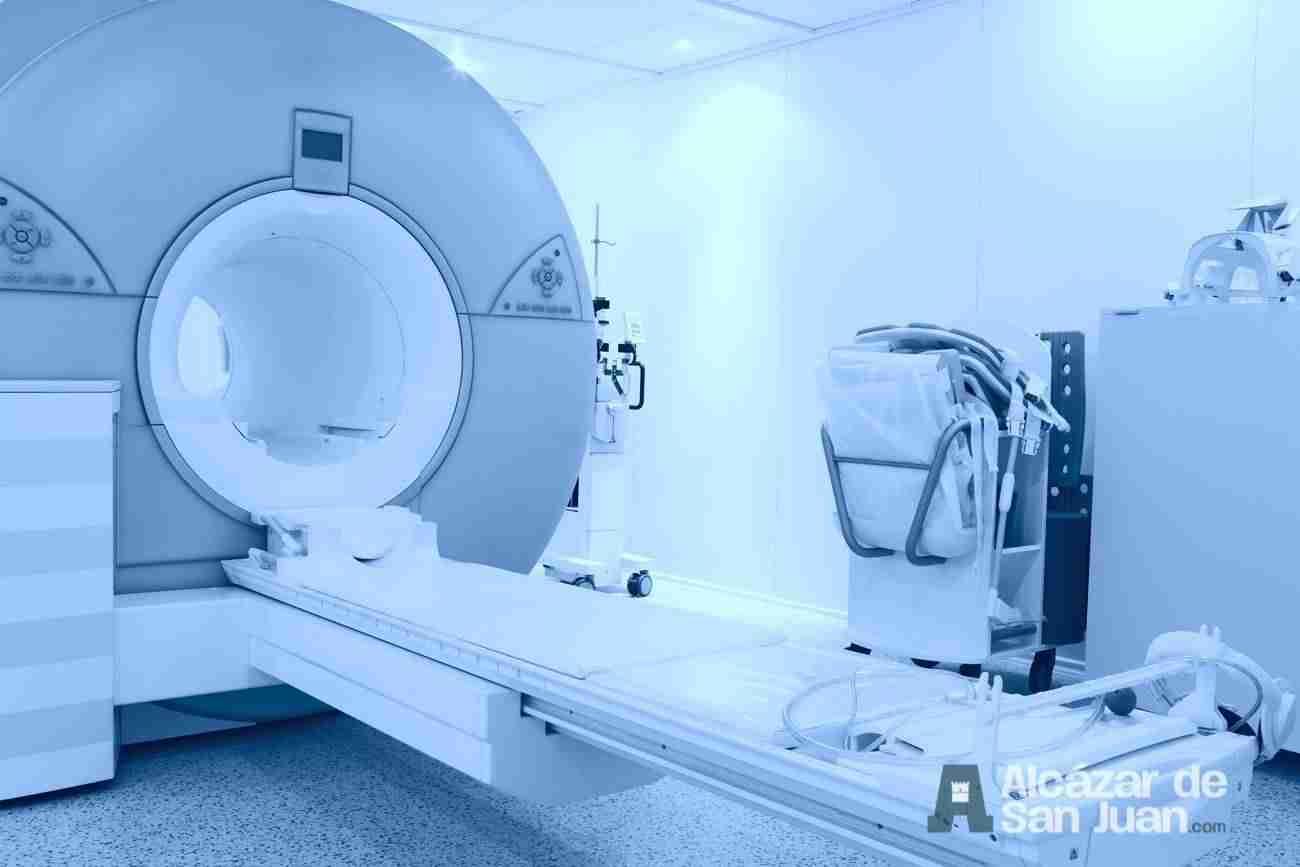máquina de resonancia magnética TAC.