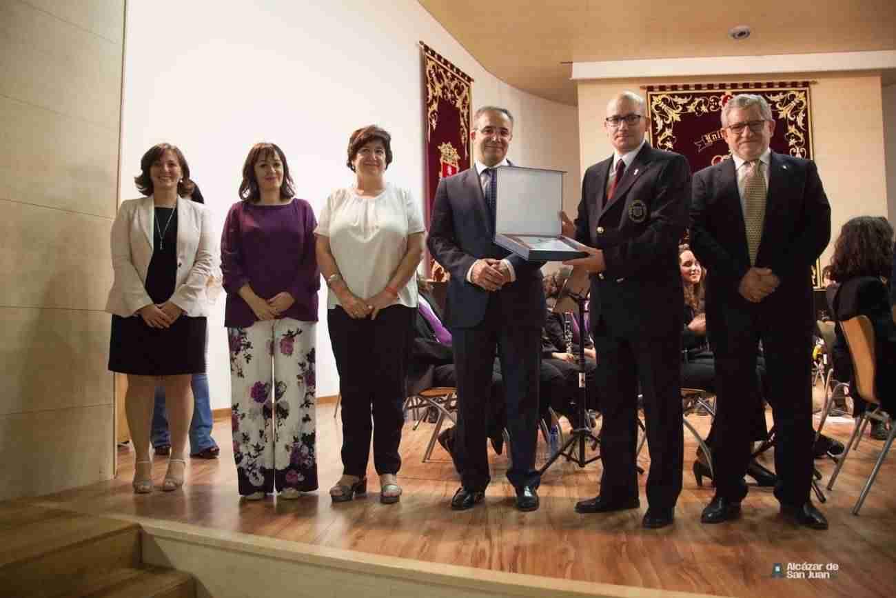 Reconocimiento a la contribución de las bandas de música y los grupos folclóricos a la dinamización de la cultura en los municipios 5
