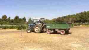tractor 300x169 - II Concurso de Habilidad con Tractor. San Isidro 2017