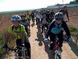 rutaciclista iesmariazambrano 300x225 - Coninuan las actividades del Proyecto Escolar Saludable - IES María Zambrano