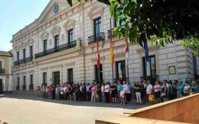 Minuto de silencio por atentados en Barcelona y Cambrils