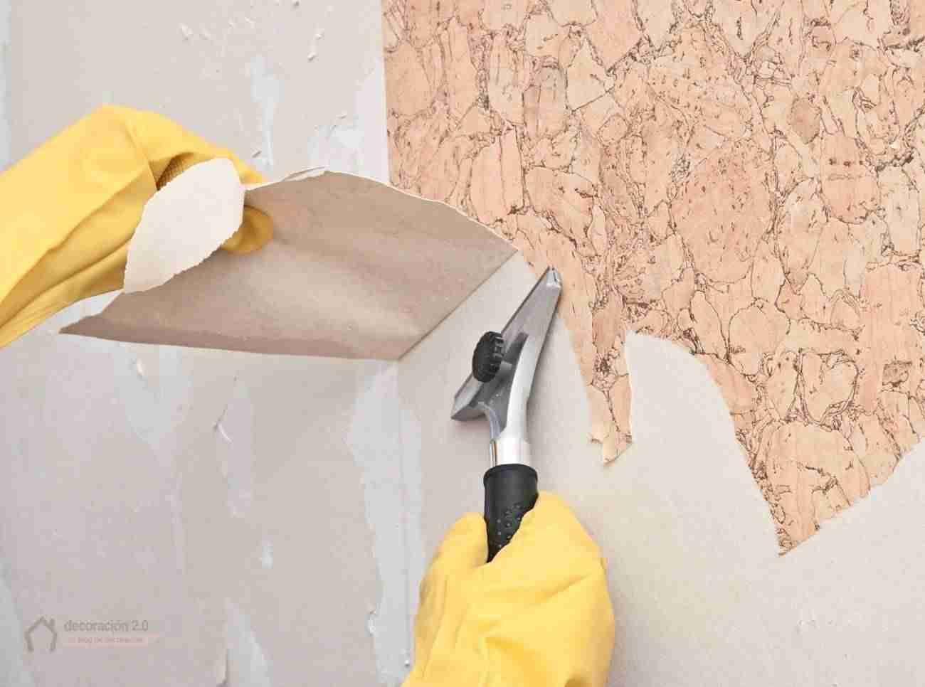 Como quitar el papel pintado de la pared