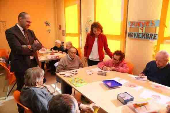 El gobierno regional destinar en 2018 una inversi n de dos millones de euros para la atenci n a - Compartir piso con personas mayores ...