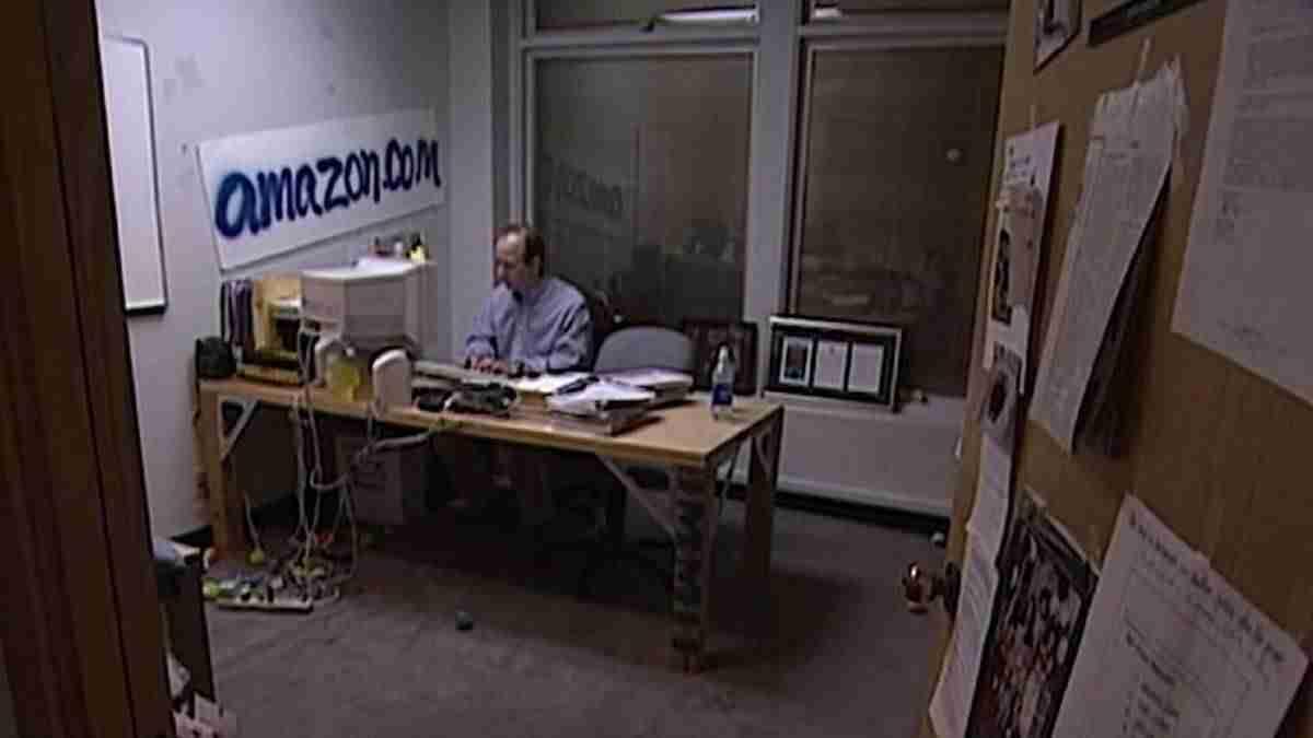 Oficina de Amazon.com en 1999