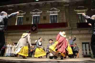 El folclore se convirtió en el centro de la Feria alcazareña en la noche del 5 de septiembre 1