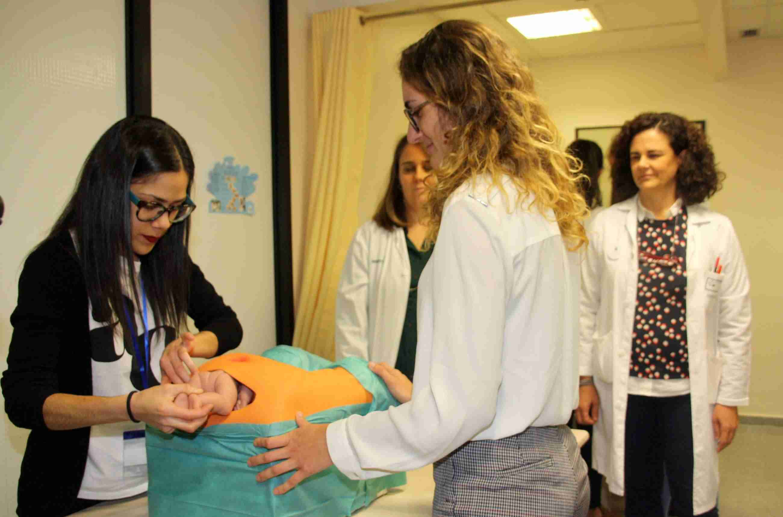 El Hospital Mancha Centro forma a 20 profesionales sobre el manejo de los desgarros graves que se pueden producir durante el parto 1