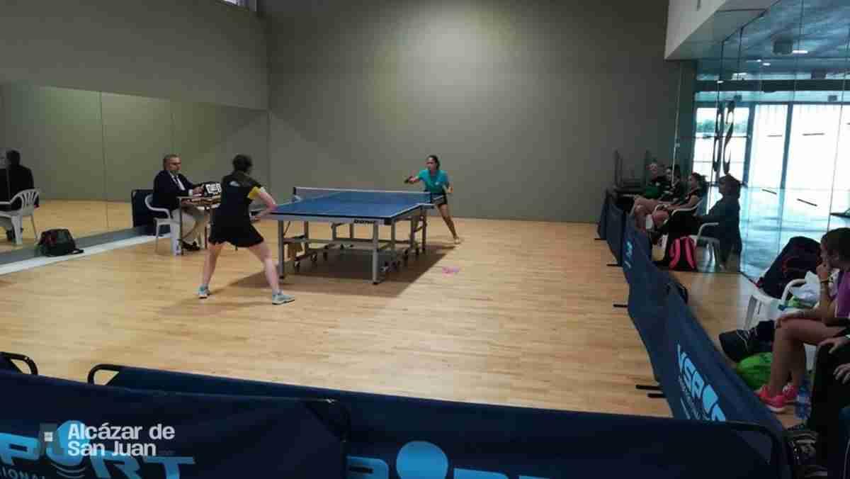Celebrado el encuentro de 1ª división de tenis de mesa femenino 3