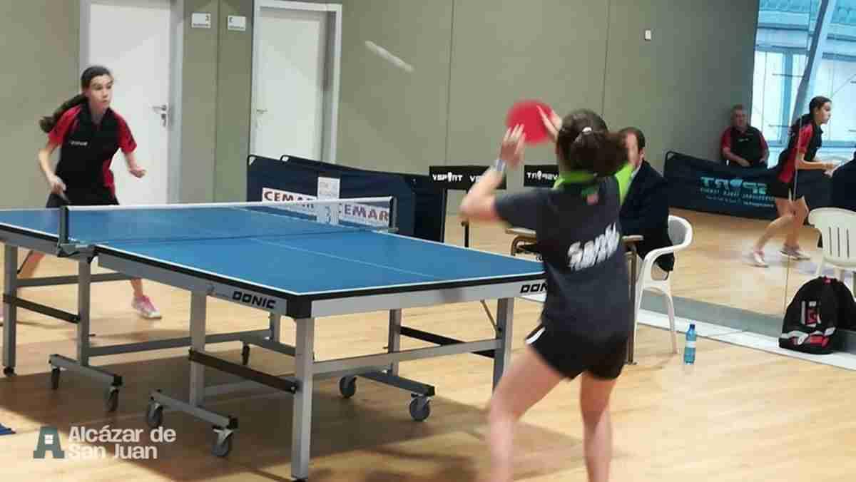 Celebrado el encuentro de 1ª división de tenis de mesa femenino 4