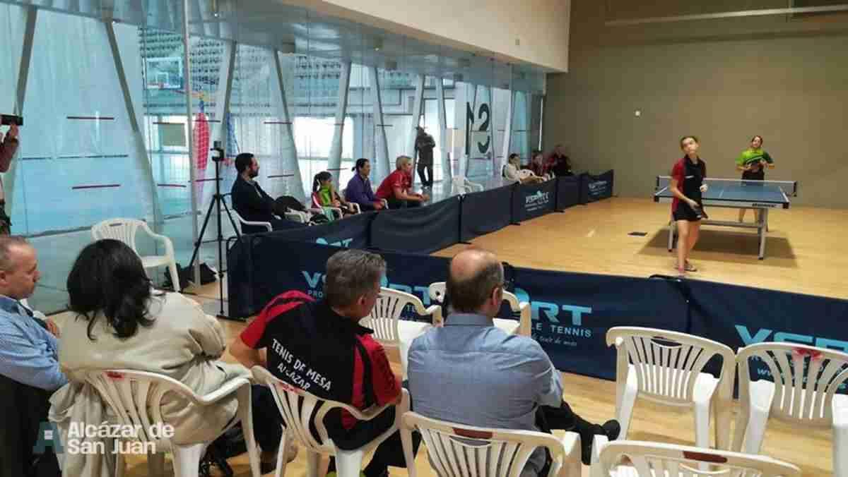 Celebrado el encuentro de 1ª división de tenis de mesa femenino 5