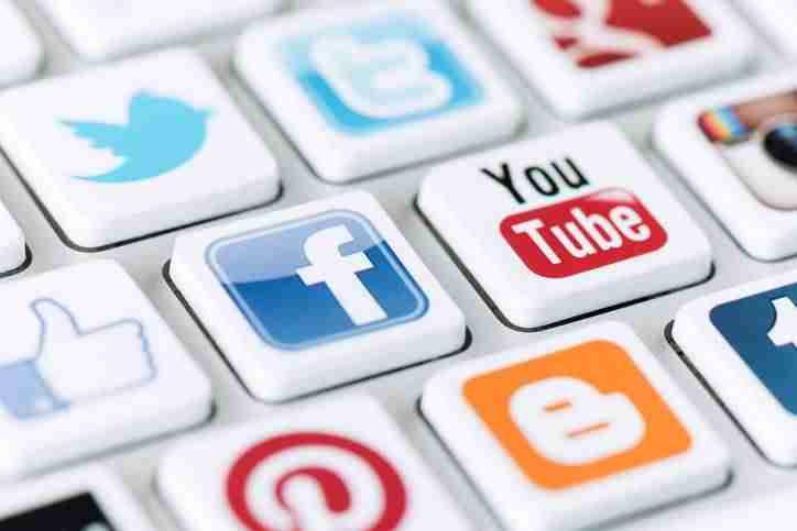 La gestión de redes sociales y el marketing digital fueron los proyectos más solicitados por los españoles en 2017 1
