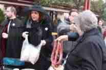 Concentración de corros de mesas camilla en el Carnavalcázar 2018 6