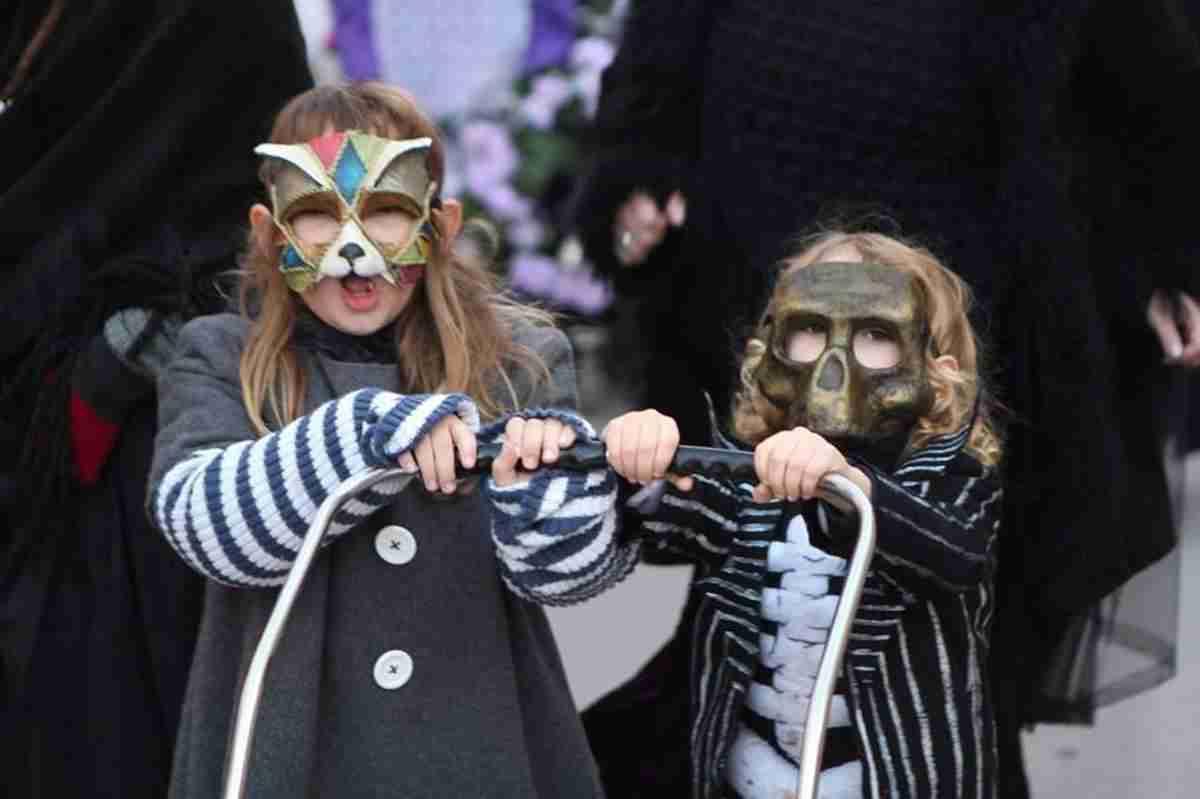 El Entierro de la Sardina pone broche final al Carnavalcázar 2018 19