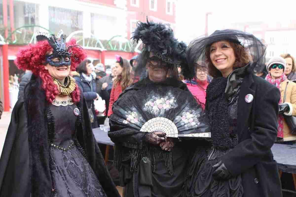 El Entierro de la Sardina pone broche final al Carnavalcázar 2018 2