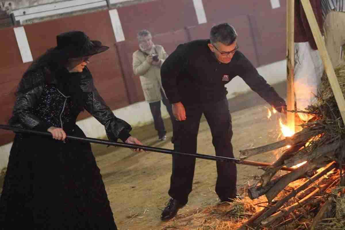 El Entierro de la Sardina pone broche final al Carnavalcázar 2018 24