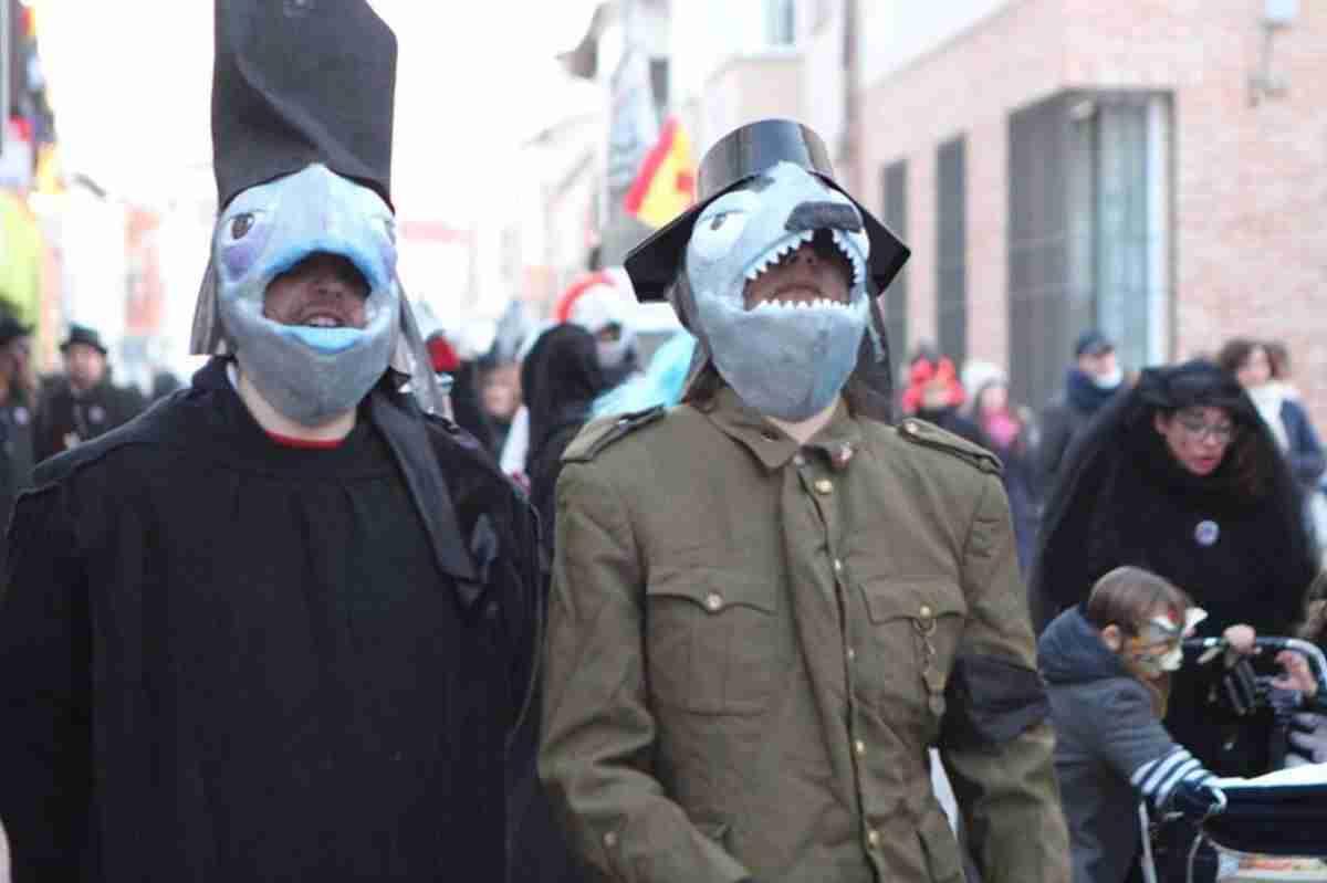 El Entierro de la Sardina pone broche final al Carnavalcázar 2018 38