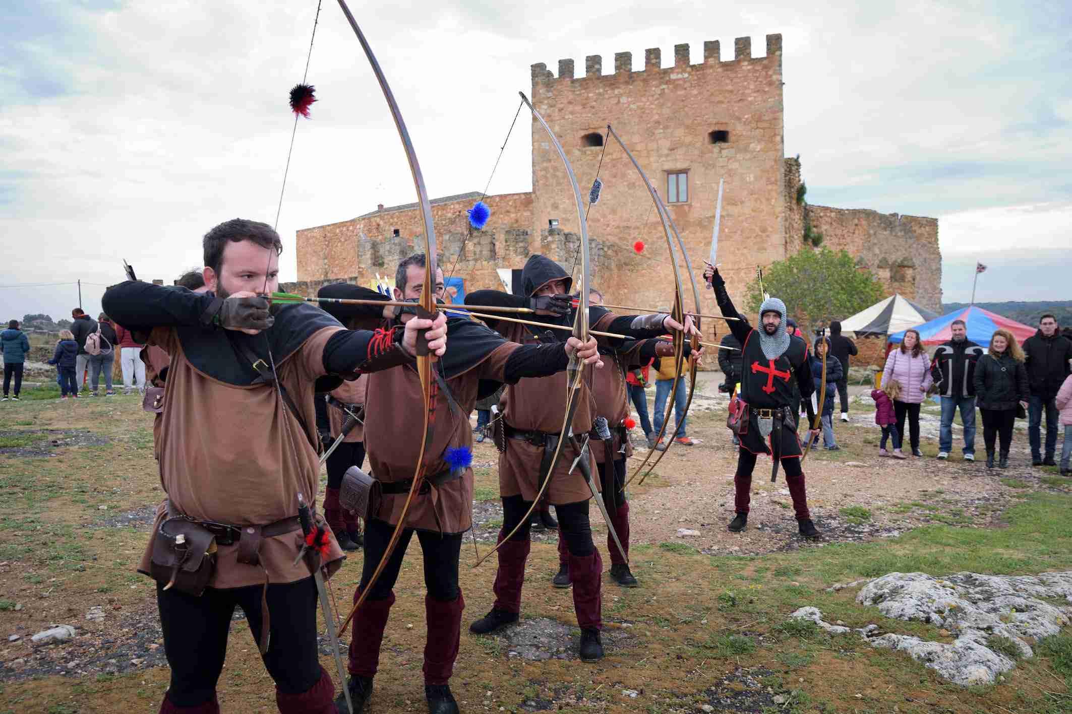 """La organización califica de """"éxito"""" el I Mercadillo Medieval 'Peñarroya del Alto Guadiana' 7"""