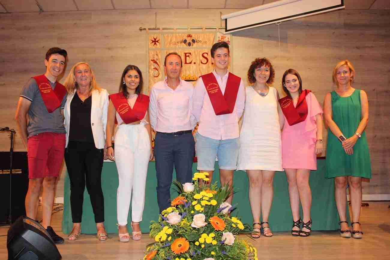 El IES Juan Bosco de Alcázar despide el curso con la imposición de becas a los graduados 3