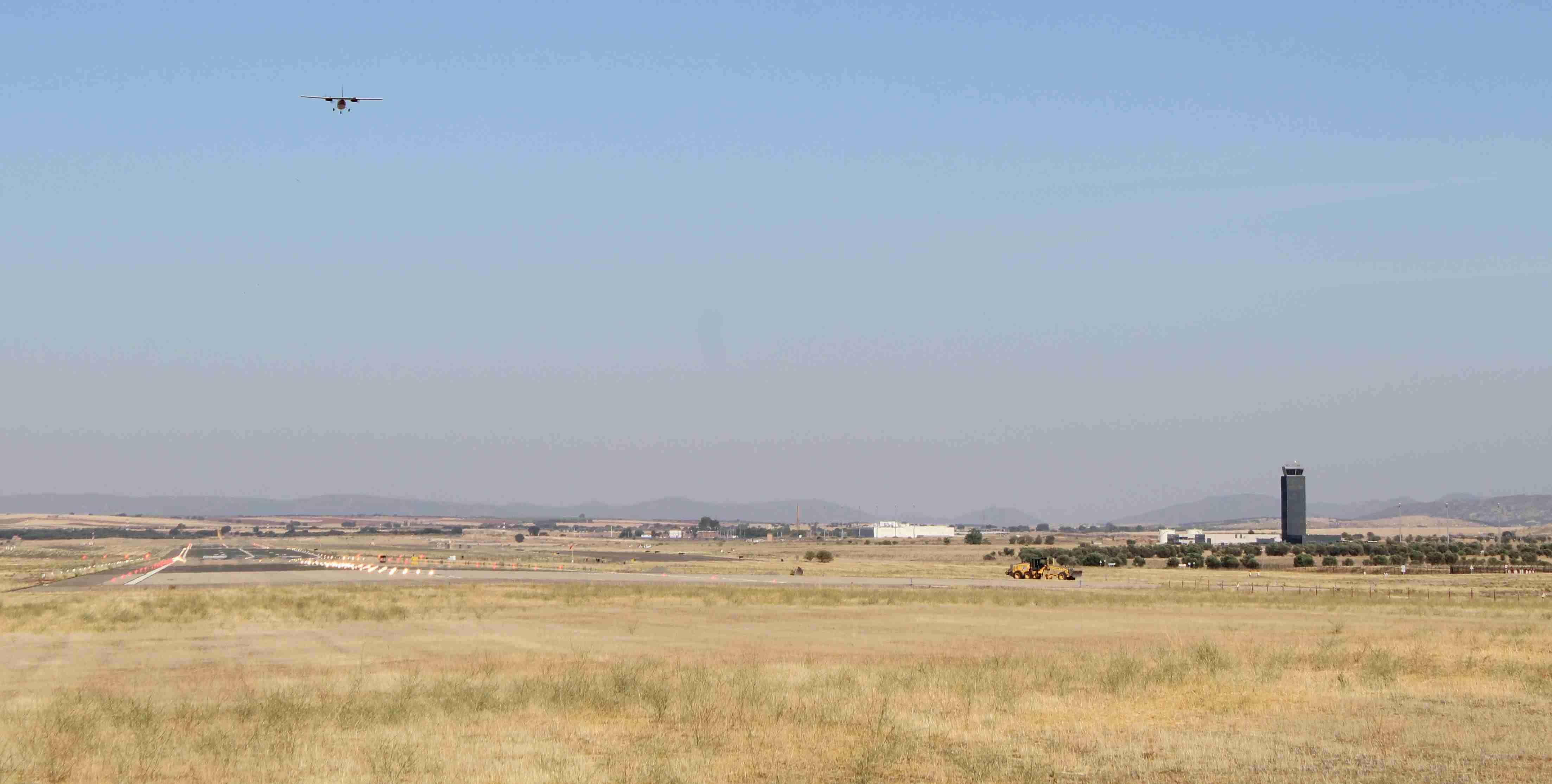 El Aeropuerto de Ciudad Real realiza un nuevo vuelo de comprobación de sistemas 1