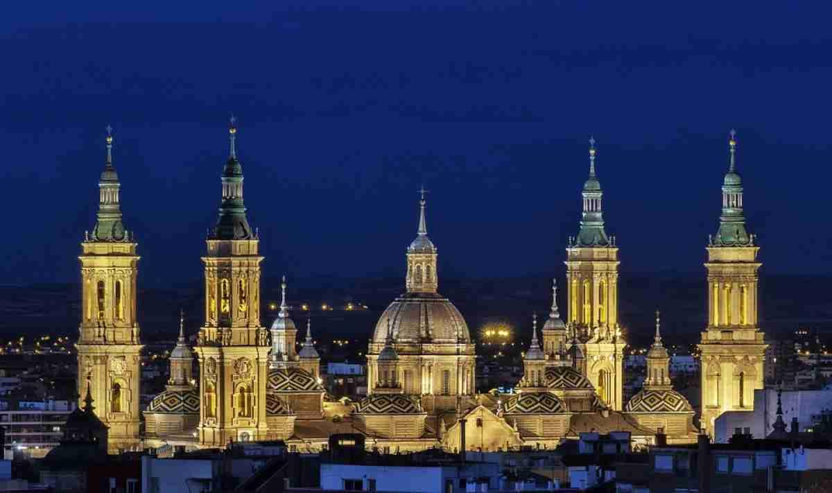 La ciudad de Zaragoza y sus Fiestas del Pilar para tus mejores vacaciones 4