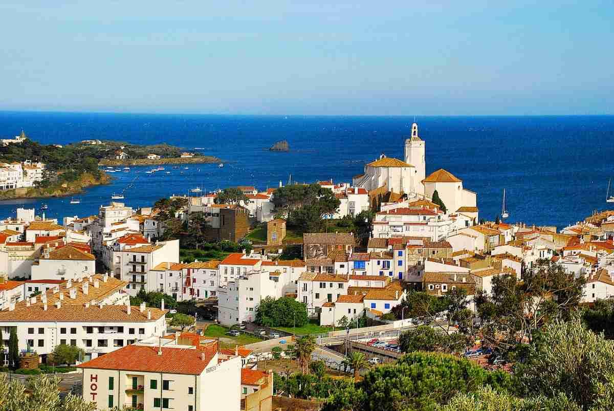 Cadaqués en Gerona, España un destino impresionante 1