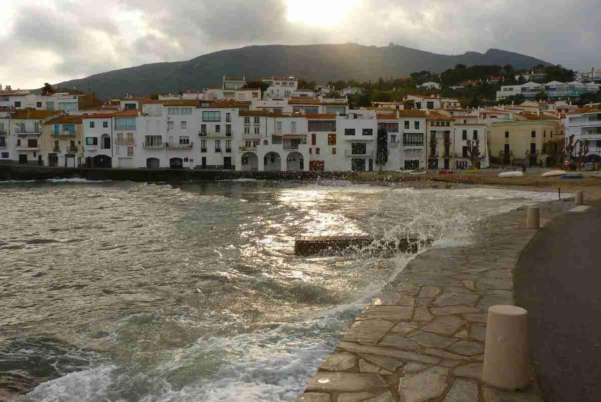 Cadaqués en Gerona, España un destino impresionante 6