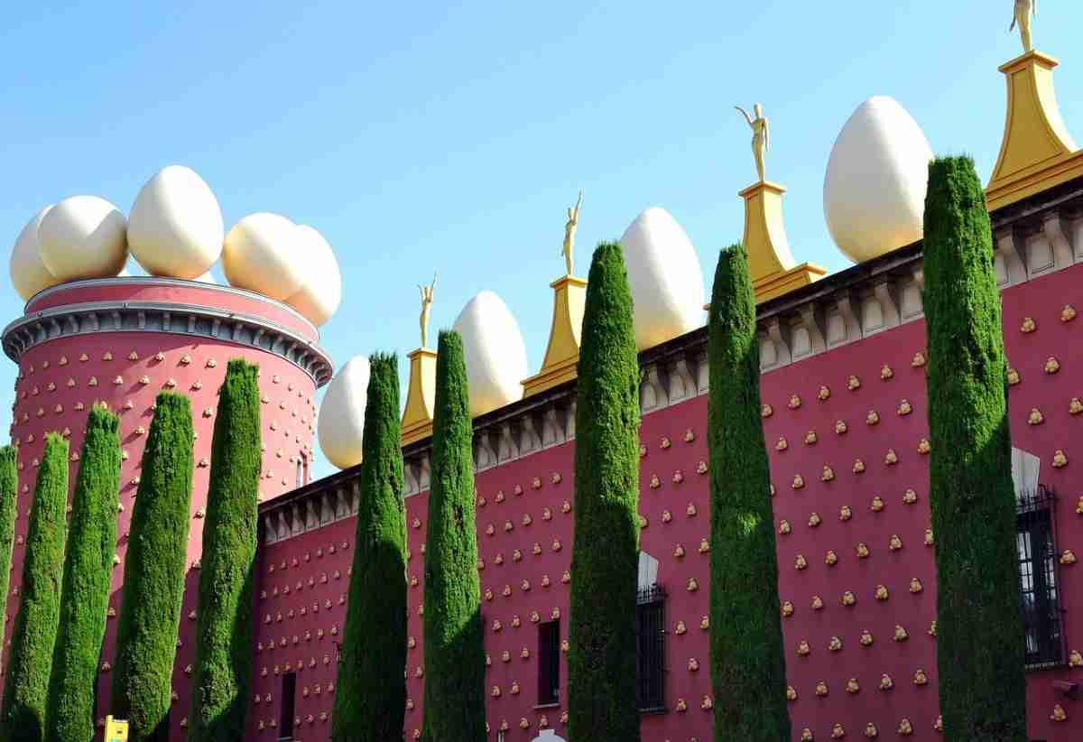 Cadaqués en Gerona, España un destino impresionante 5