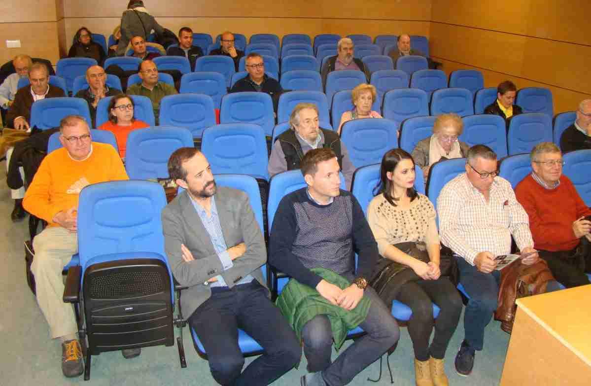 conferencia sobre la familia ludena