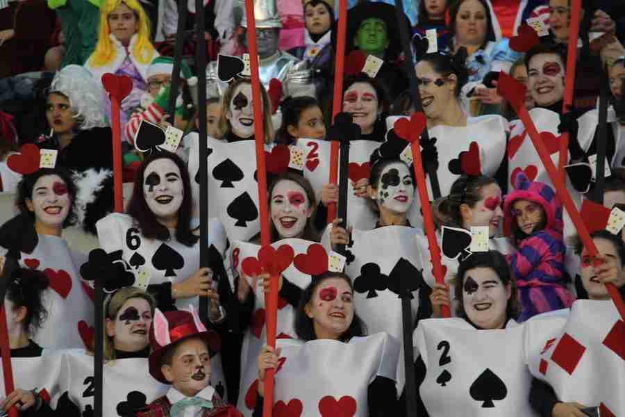 El Carnaval alcazareño luce en todo su esplendor a pesar de las inclemencias del tiempo 1
