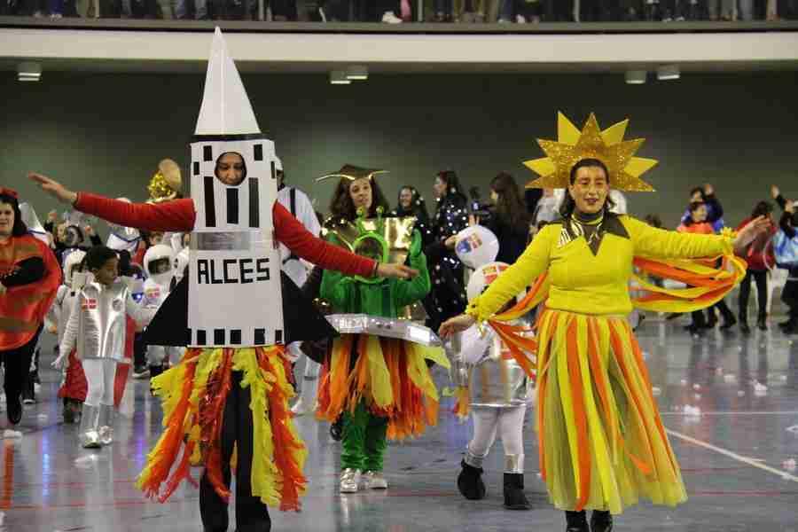 El Carnaval alcazareño luce en todo su esplendor a pesar de las inclemencias del tiempo 2