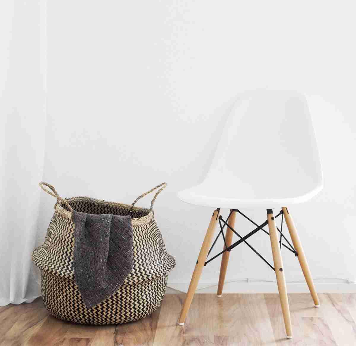 decorar con cestas el salon