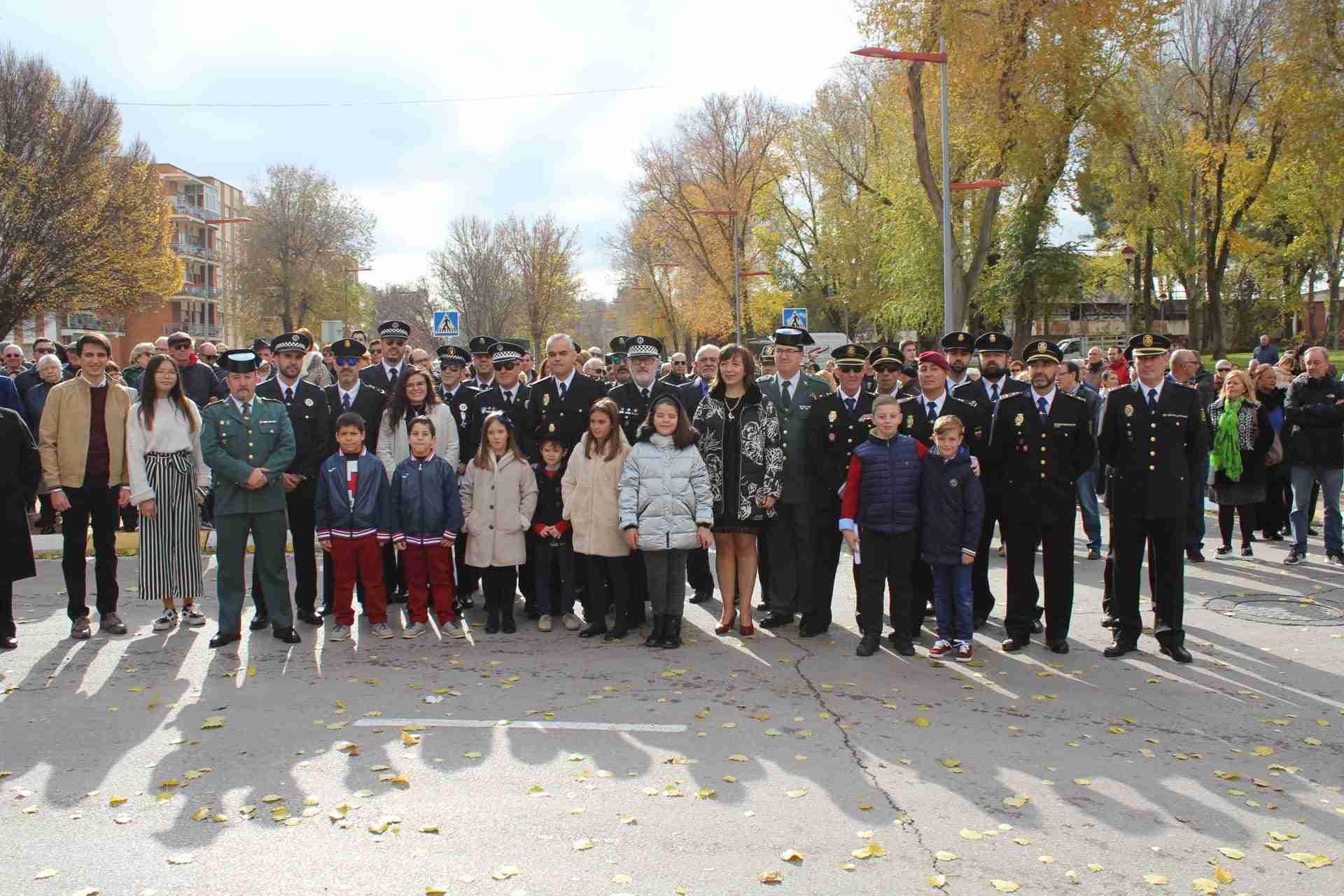 Los Cuerpos y Fuerzas de Seguridad del Estado protagonizan en Alcázar en el Día de la Constitución 1