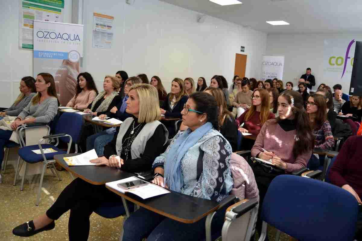 Los farmacéuticos de Ciudad Real mostraron gran interés en los protocolos de actuación dermofarmacéutica en patologías inflamatorias de la piel con aceites ozonizados 1