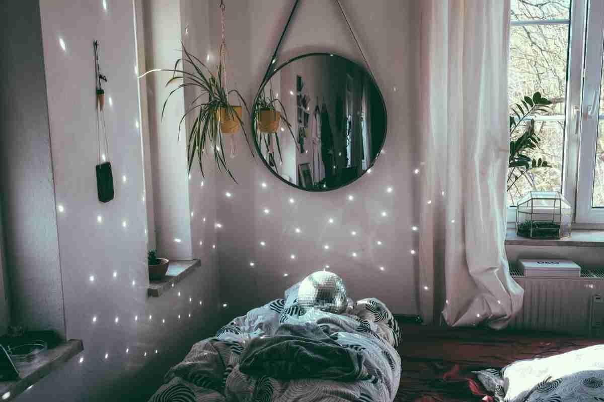 colocar espejos en un dormitorio