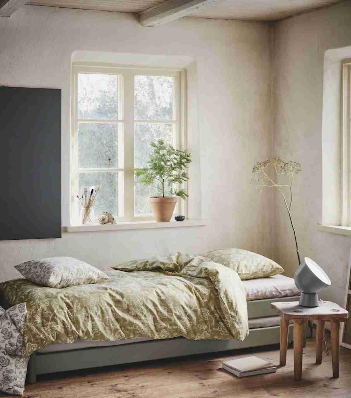 dormitorio con estampado floral