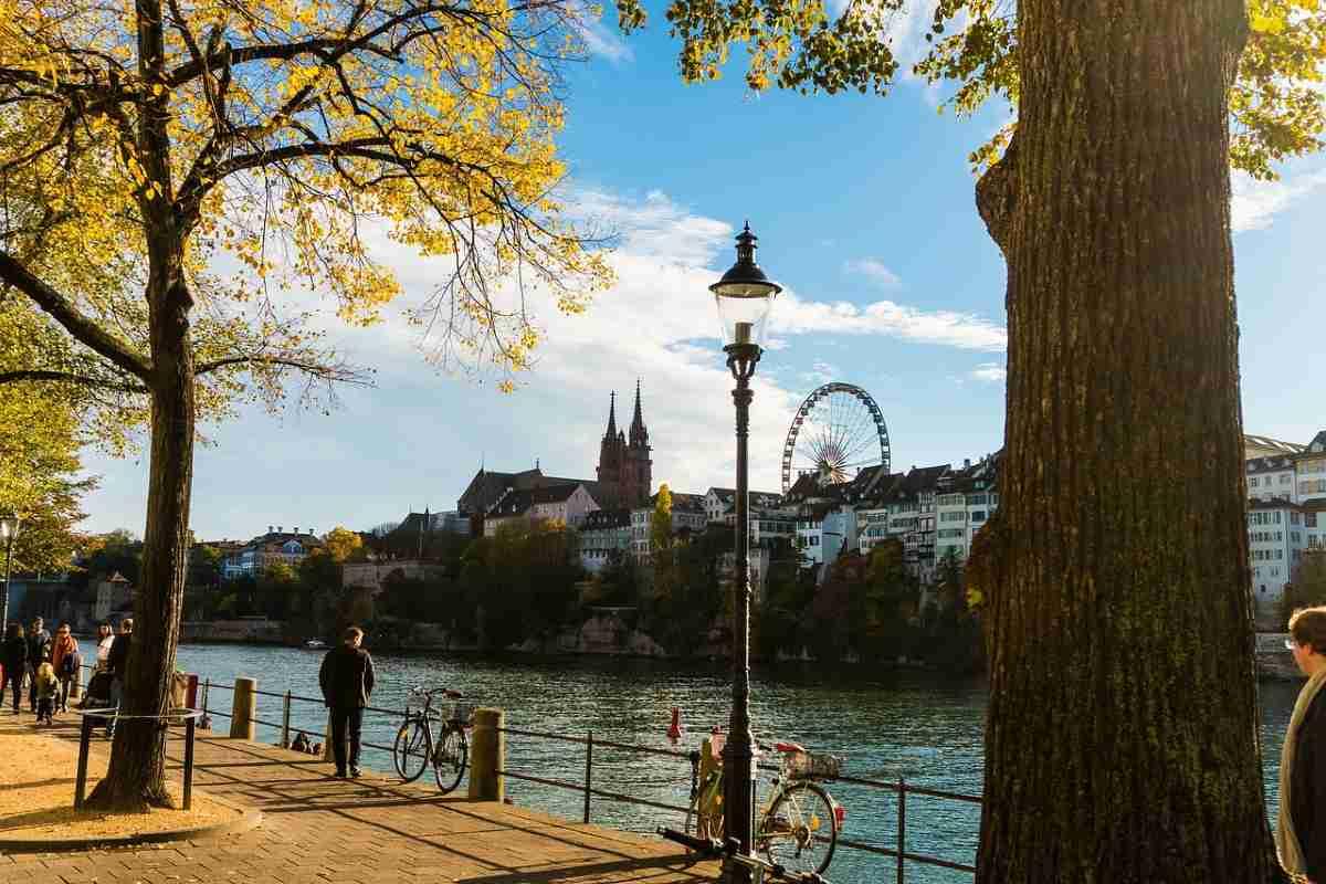 ciudad de basilea en suiza