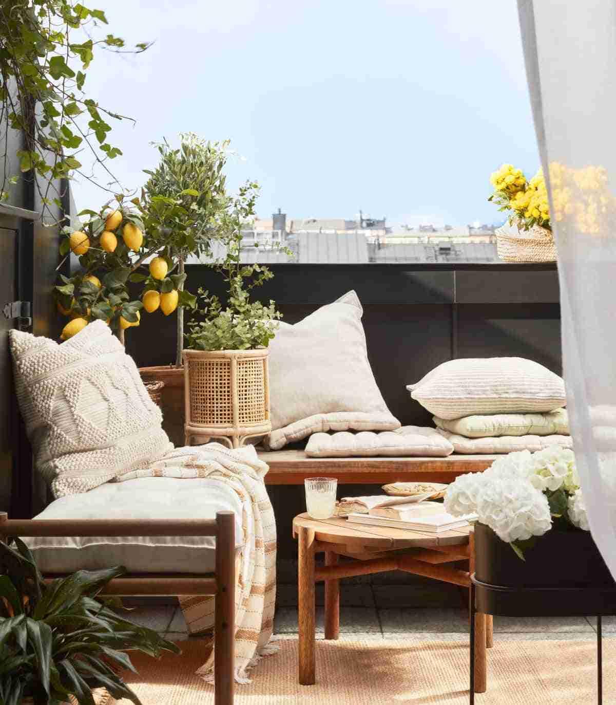 decorar el balcon con hm