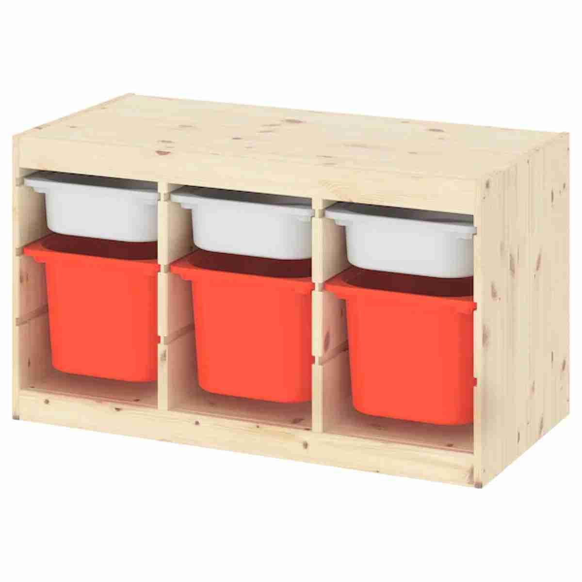 un organizador de juguetes con cajas bicolor