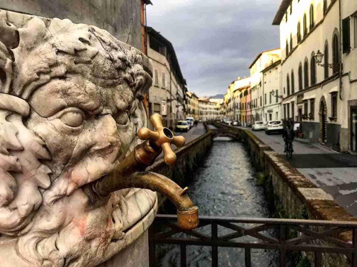casco historico de luca italia