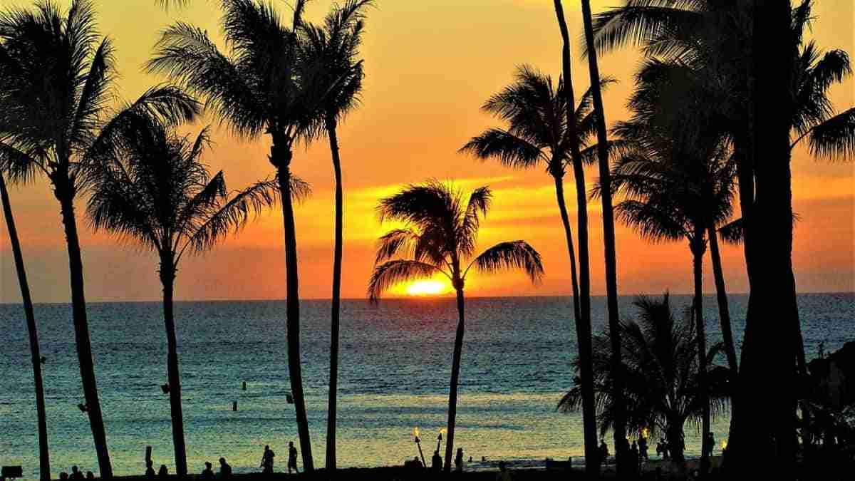 puesta de sol en maui