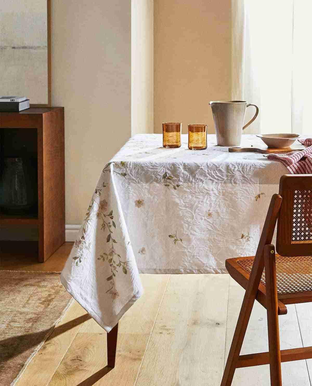 mantel de jacquard para tu mesa
