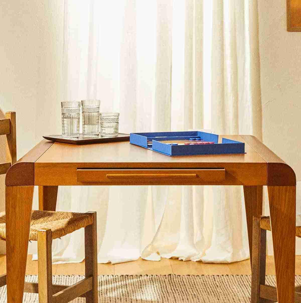 mesa de madera de rebajas zara home