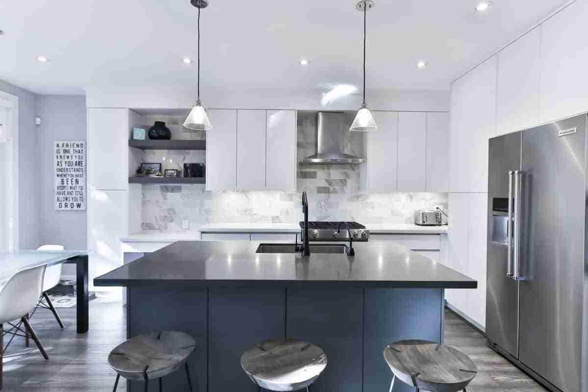 azul y gris para cocinas 2021