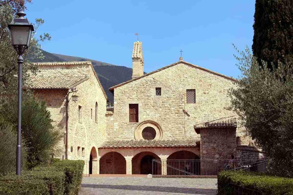 iglesia de san damian en asis