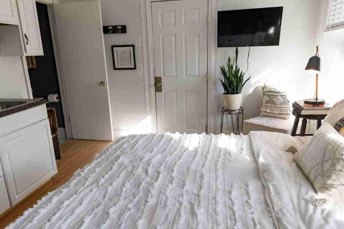 dormitorios color neutros blanco